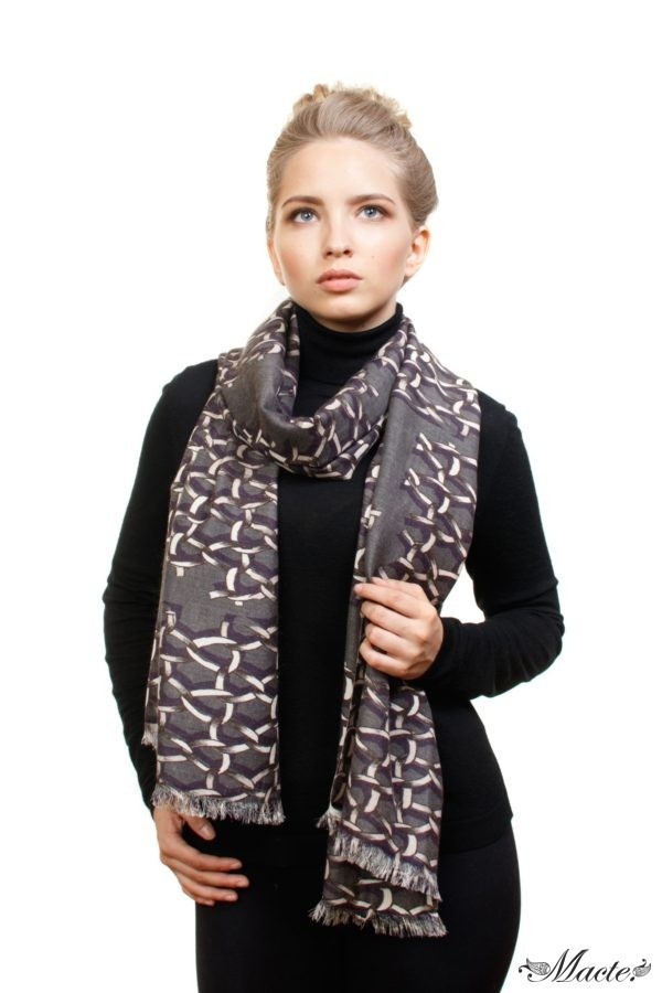 Grey Cashmere and Silk Scarf Golden Chains Macte View 4